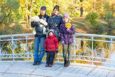 Осенняя семейная фотосессия в Александровском парке в Пушкине
