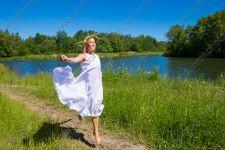 Летняя фотосессия в лесах, лугах и на берегу озера
