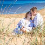 Фотосессия Love story на пляже и в сосновом лесу